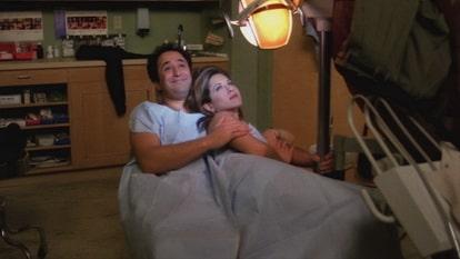 В двадцатой серии состоялось свидание Рейчел и Барри